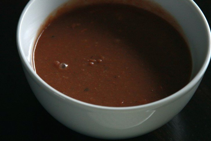 sos pwa rouge - red beans sauce