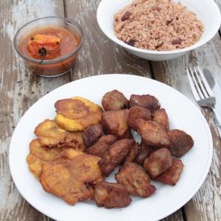 griot haitien avec riz et sauce